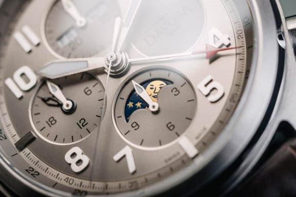 Davosa: Newton Pilot Moonphase Chronograph Limited Edition in Grau