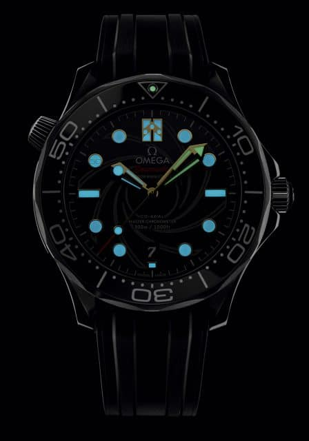 Omega: Seamaster Diver 300M James Bond Limited Edition bei Nacht