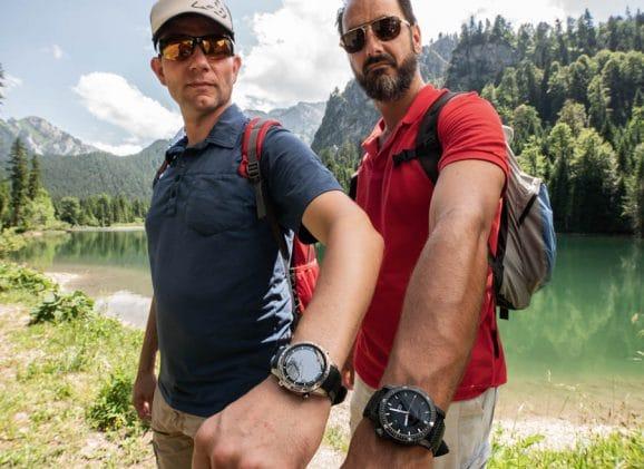 So sehen die Smartwatch und die Mechanikuhr am Handgelenk aus