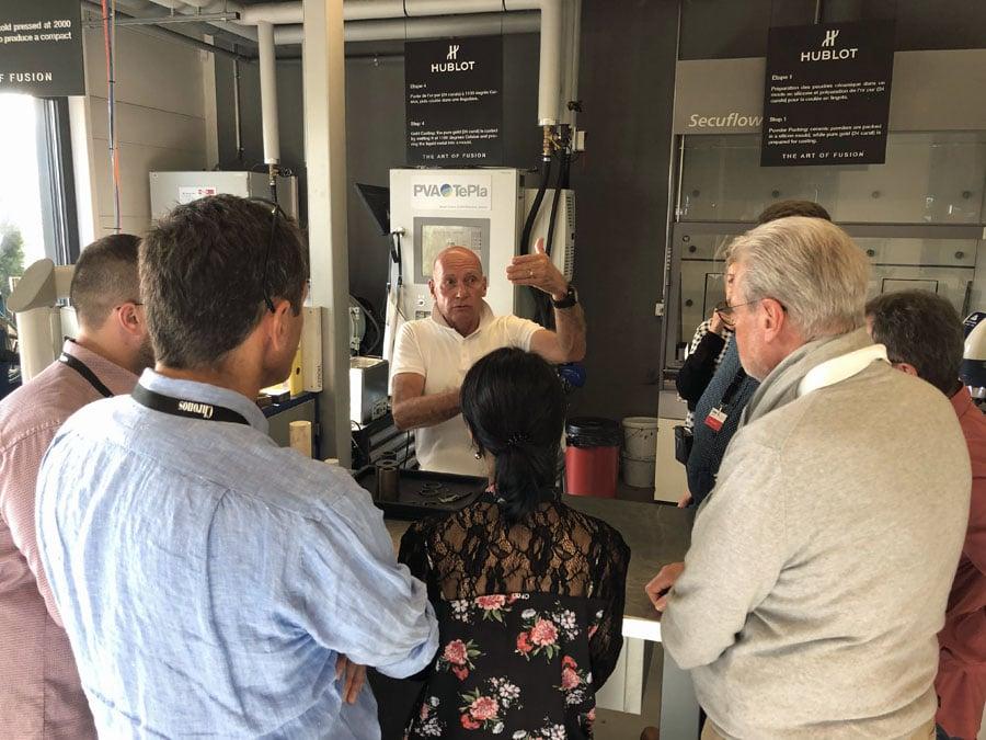 Chronos-Leserreise Genf 2019: Jean-Pierre Keller zeigt uns die Keramikabteilung