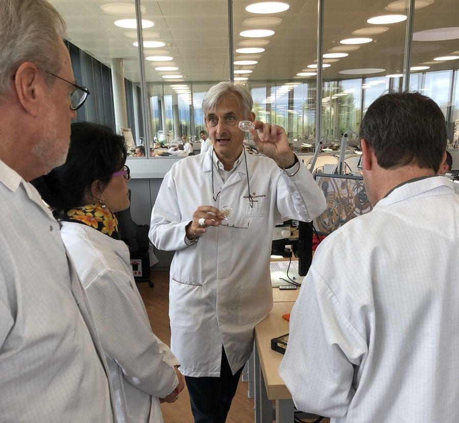 Chronos-Leserreise Genf 2019: Uhrmachermeister Hubert Hirner führt uns durch die Manufaktur von Vacheron Constantin