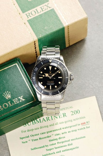 Rolex: Oyster Perpetual Submariner Superlative Chronometer