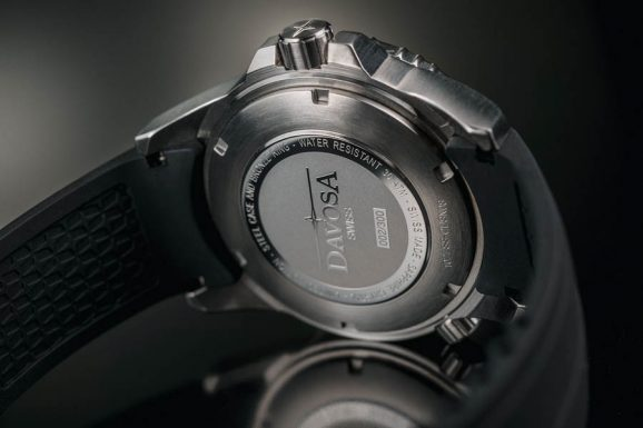 Die Rückseite der Davosa Argonautic Bronze TT Limited Edition