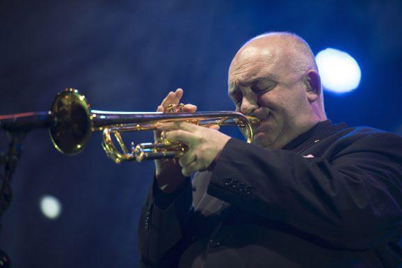 Der berühmte Jazzmusiker James Morrison