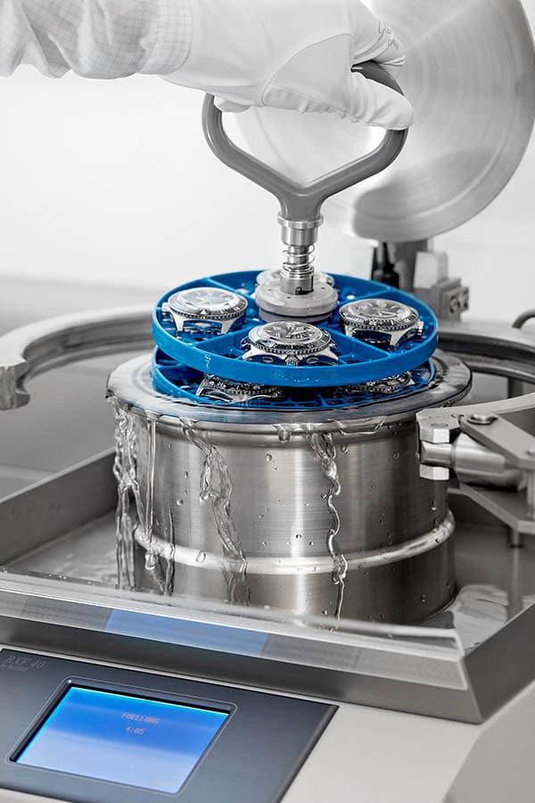 Glashütte Original: Wasserüberdruckprüfung