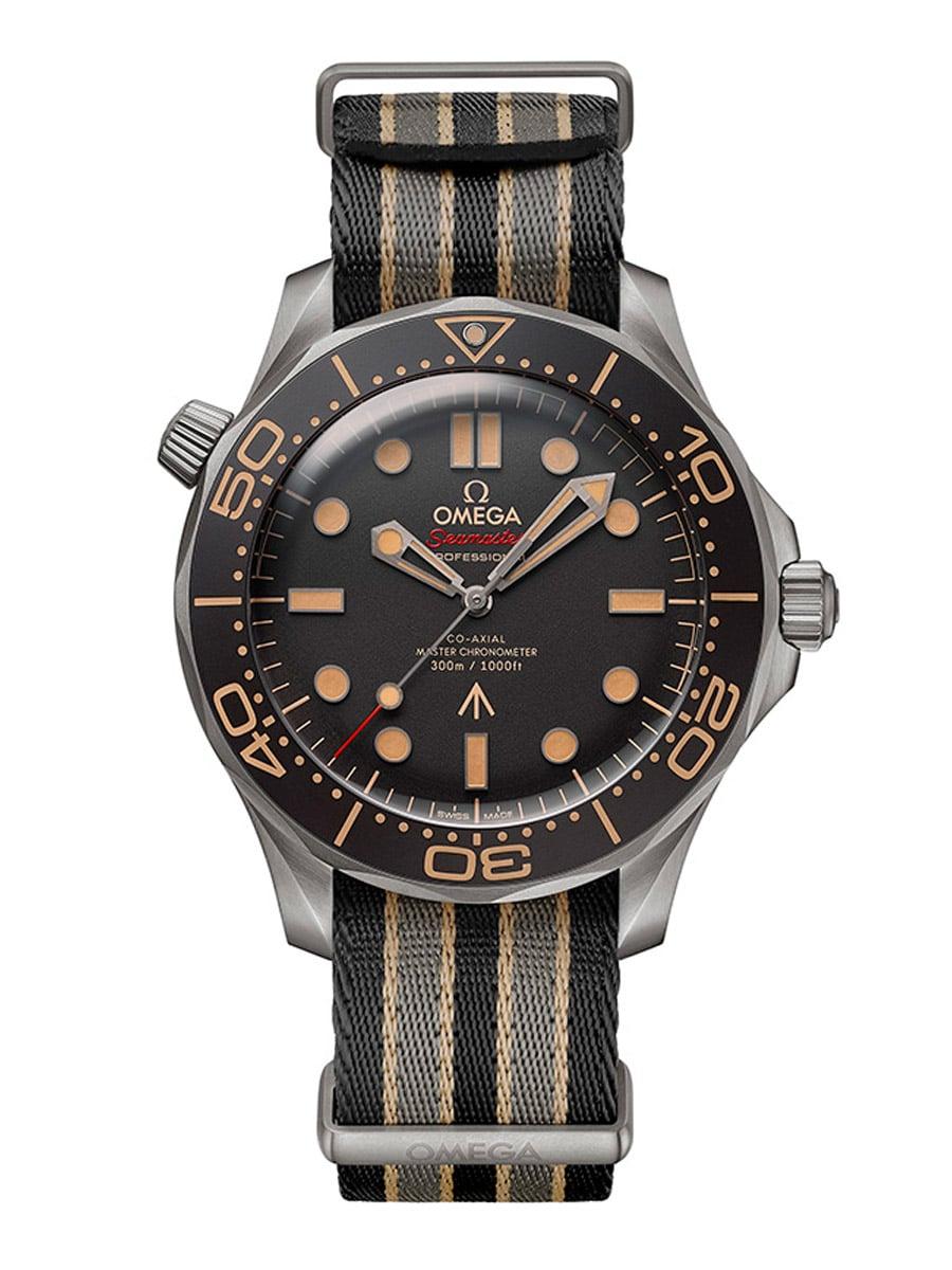 Die Omega Seamaster Diver 300M 007 Edition gibt es auch mit NATO-Band