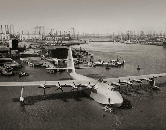 Größtes Flugboot aller Zeiten: die H-4 Hercules von Hughes Aircraft