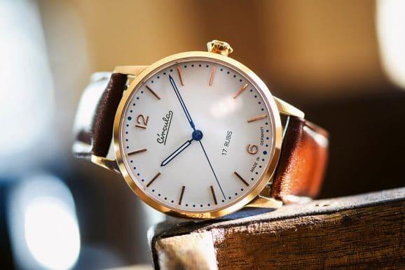 Circula: Heritage Handaufzug in Rotgold mit P.U.W.-Uhrwerk (limitiert auf 499 Stück)
