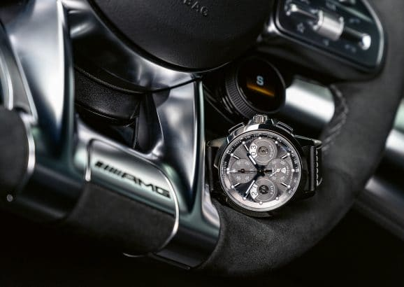 IWC: Ingenieur auf dem Lenkrad des AMG GT 63 S