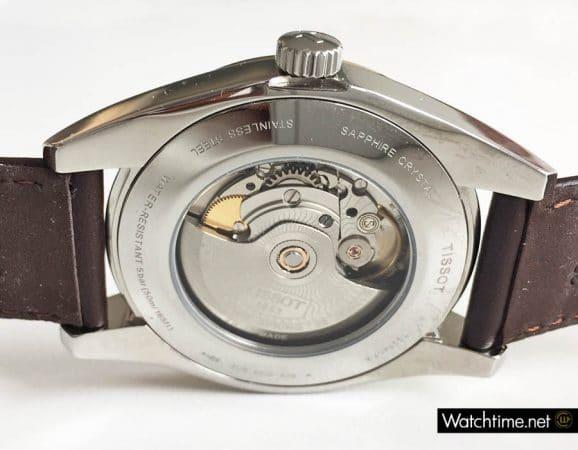 Die Tissot Gentleman Automatic besitzt einen Mineralglasboden