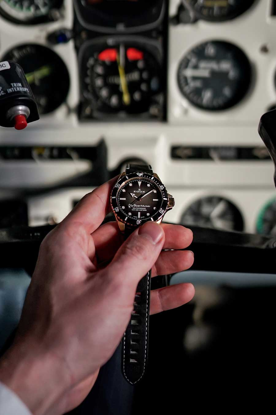 Edox: Skydiver Military Bronze Limited Edition