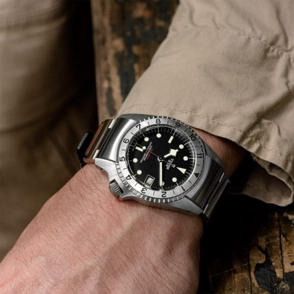Tudor: Black Bay P01 am Handgelenk