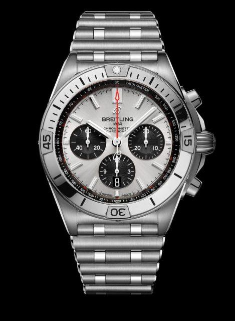 Dem Breitling Chronomat B01 42 mit silberfarbenem Zifferblatt