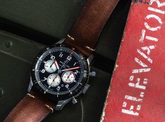 Breitling: Aviator 8 B01 Chronograph 43 Mosquito