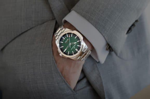 Norquain Independence 20 Scratched Forest Green Dial