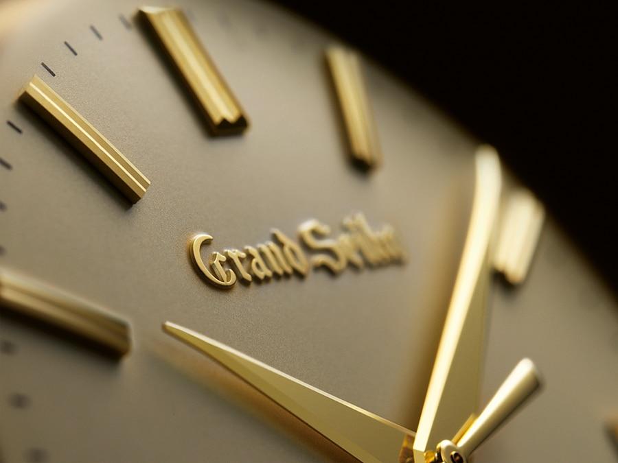 Grand Seiko: Zeiger und Zifferblatt in Gold