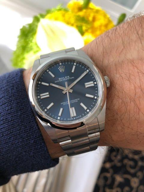 Rolex Oyster Perpetual 41 blaues Zifferblatt Wristshot