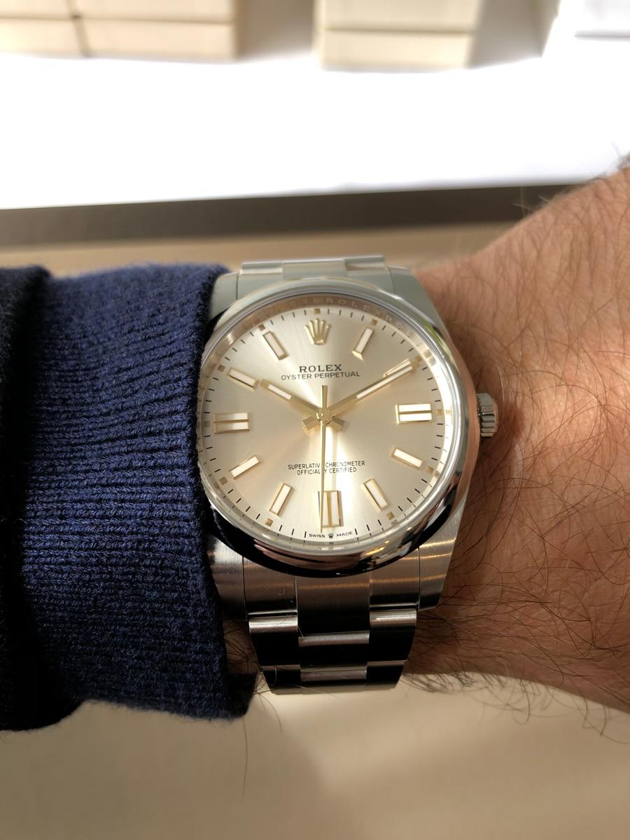Rolex Oyster Perpetual 41 silber gelbgold Wristshot