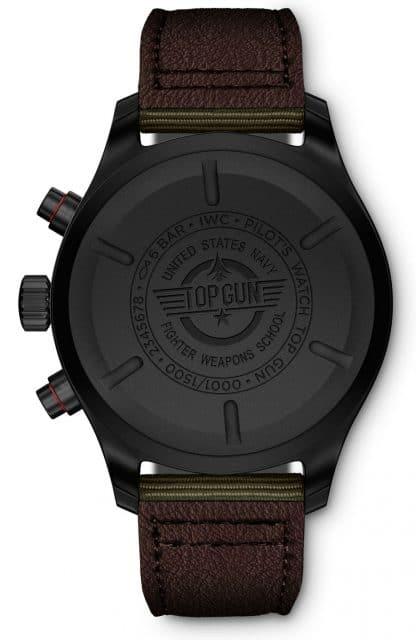 """Auf dem Boden der Pilot's Watch Chronograph Top Gun Edition """"SFTI"""" findet sich das Das berühmte Top-Gun-Logo"""