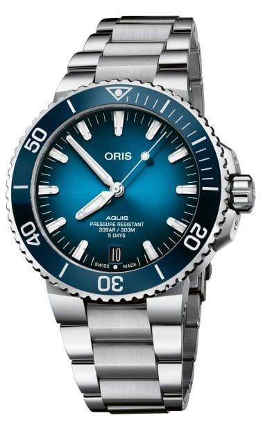 Die Oris Aquis Date Calibre 400 bekommt als erstes Modell das neue Werk