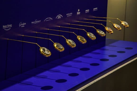 Im Zentrum der Ausstellung stehen aktuelle Uhrwerke der heutigen Glashütter Uhrenhersteller