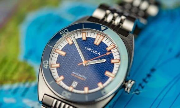 Circula: AquaSport mit blauem Zifferblatt und Edelstahlband