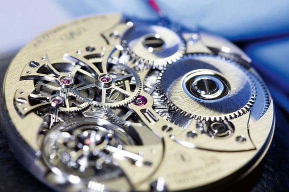 Leinfelder Uhren München: Handaufzugskaliber L-H01 der Uhren-Werke-Dresden