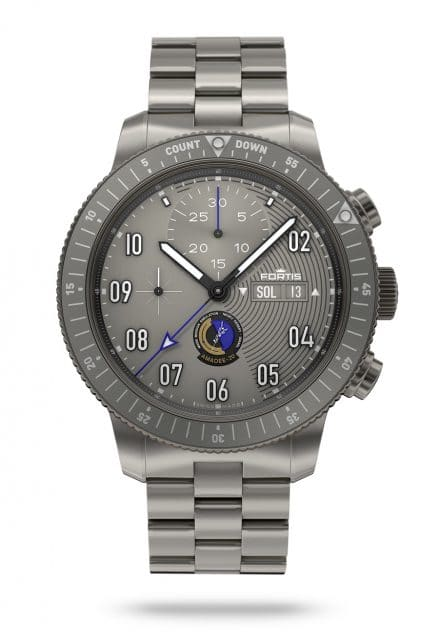 Fortis: Official Cosmonauts Chronograph Amadee-20 mit Titanband