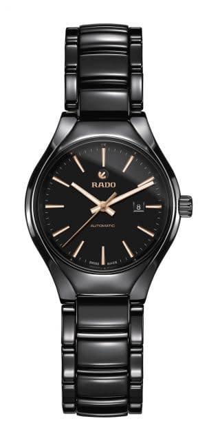 Rado: True Automatic in 30 Millimetern mit schwarzem Zifferblatt und roségoldfarbenen Indexen und Zeigern