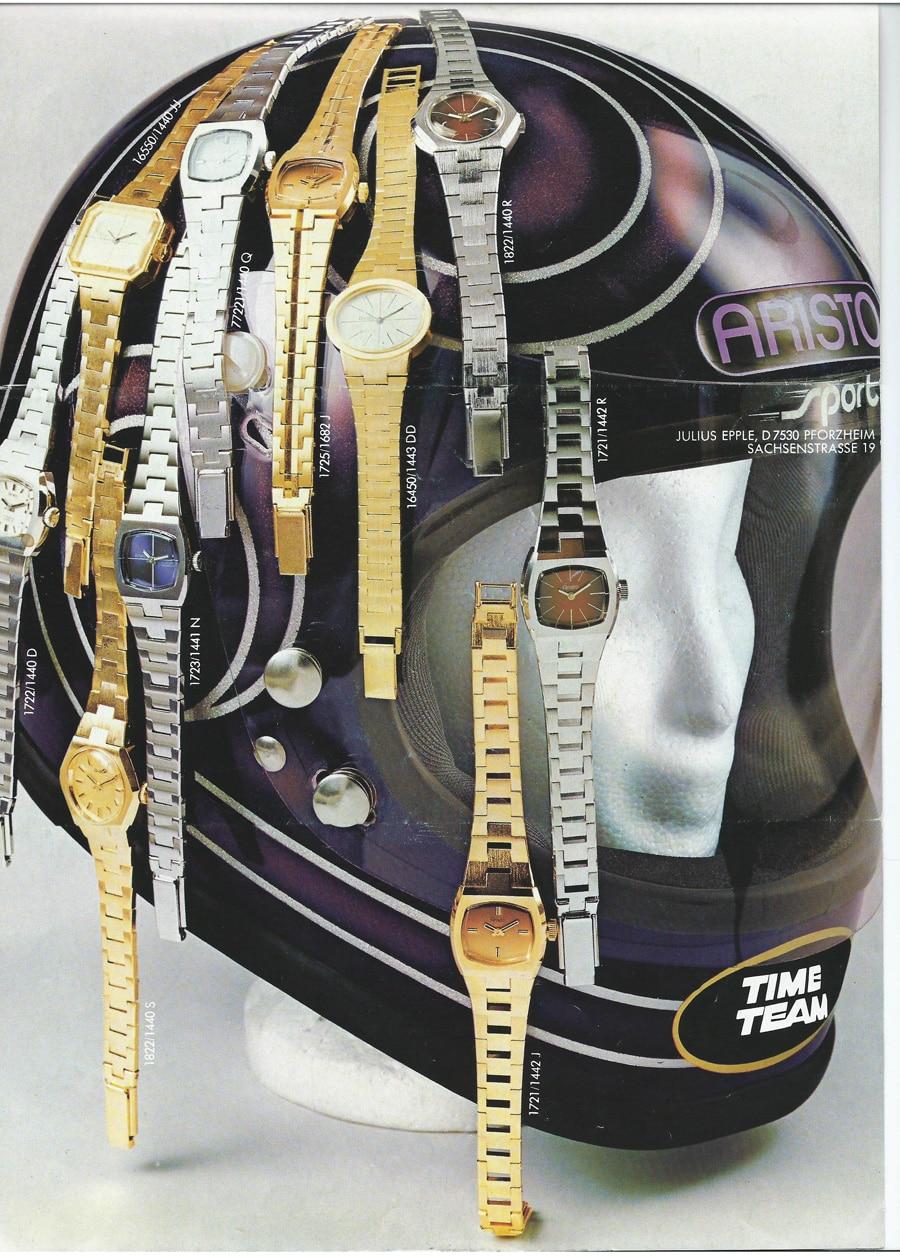 Aristo Uhren auf einem Helm