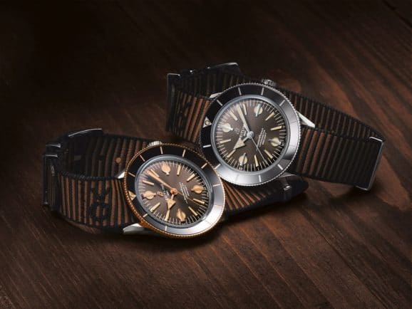 Breitling: Superocean Heritage '57 Outerknown in Edelstahl/Rotgold (links) und Edelstahl (rechts)