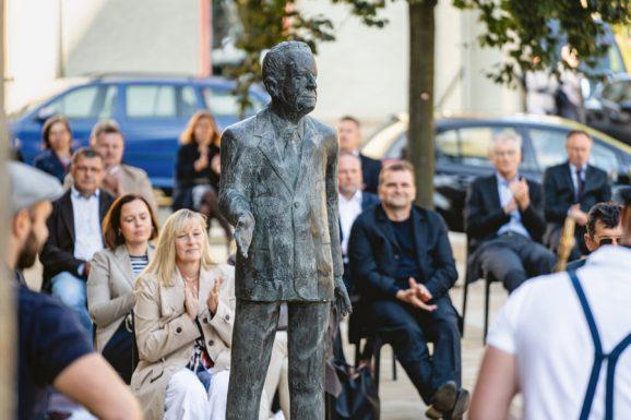 Glashütte Walter Lange: Einweihung Denkmal