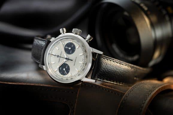 Hamilton: Intra-Matic Chronograph H mit weißem Zifferblatt und Kalbslederarmband