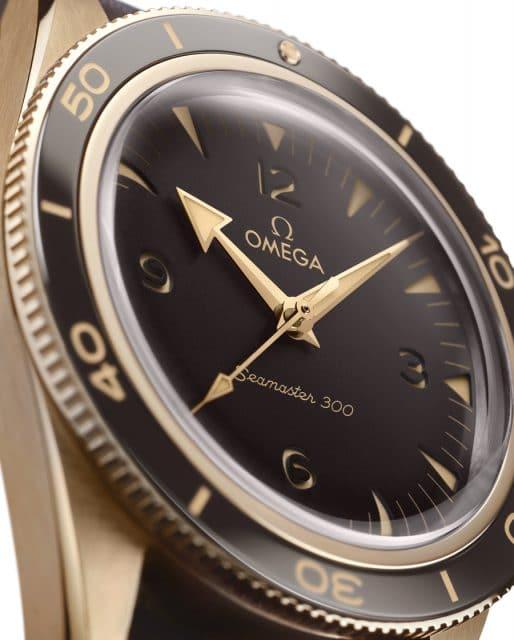 Detailansicht der Omega Seamaster 300 Bronze Gold