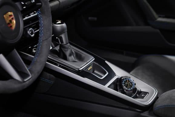 Der Porsche Design Chronograph 911 GT3 ist von dem Innenraum des 911 GT3 inspiriert