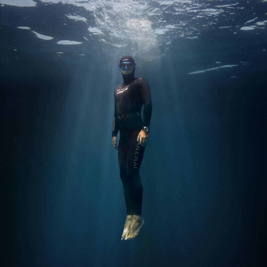 Taucheruhrenspecial 2021: Panerai Submersible Blu Notte – Guillaume Nery Panerai Ambassador 2019