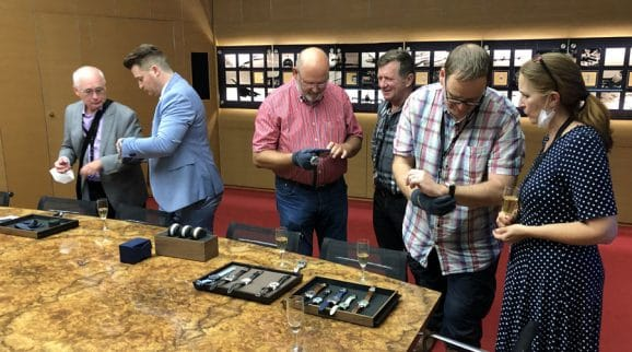 Nach der Manufakturbesichtigung war das Interesse an den Breitling-Uhren besonders groß